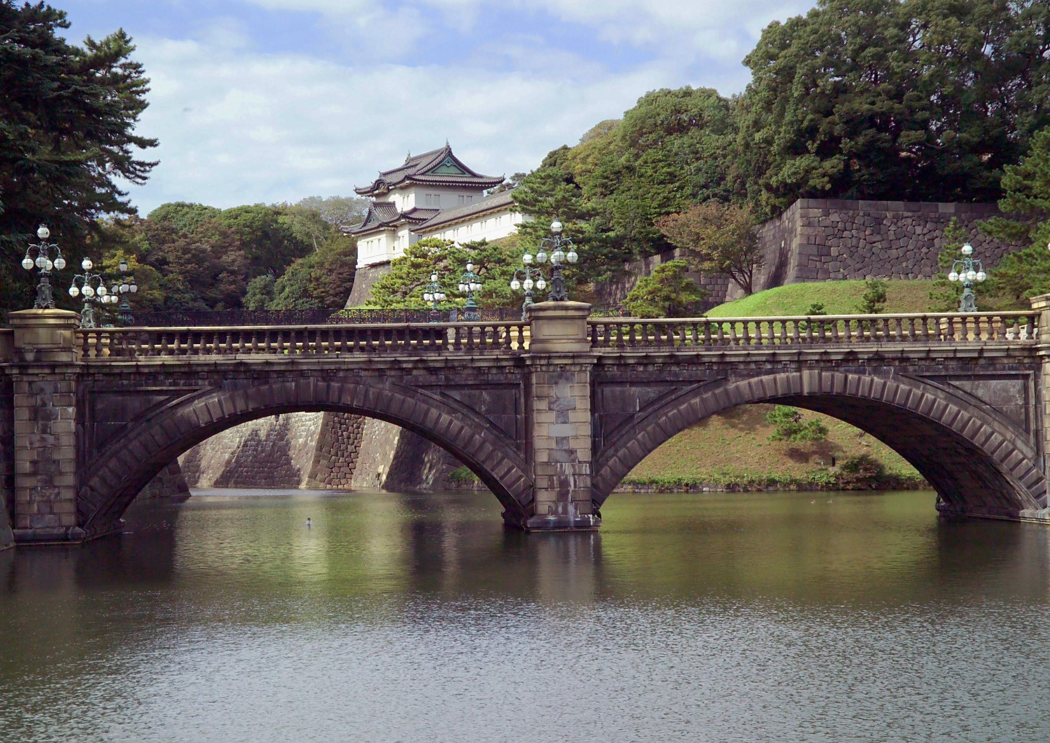 Imperial_Palace